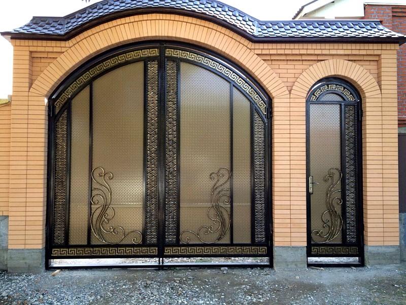 Фото самые красивые ворота для дома чечни
